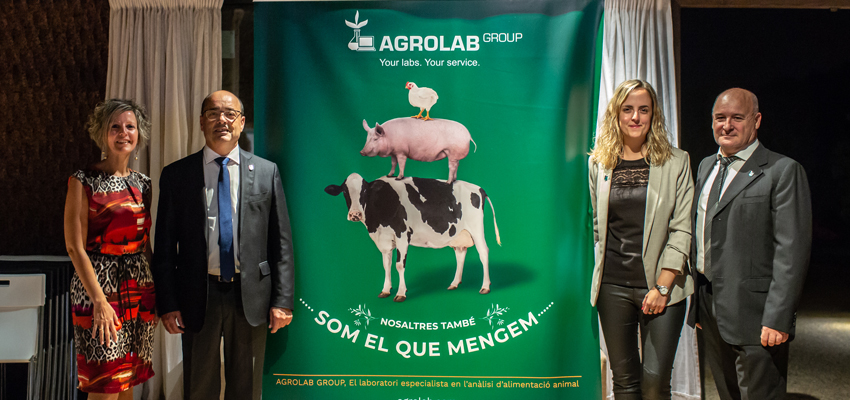 From right to left: Joan Enric Poll, Ms. Carme Soler, Director of ASFAC, Mr. Pere Borrell, President of ASFAC and Arantxa Torner, CRM of AGROLAB-Ibérica